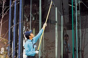 ガラス関連・室内・日常清掃サービス